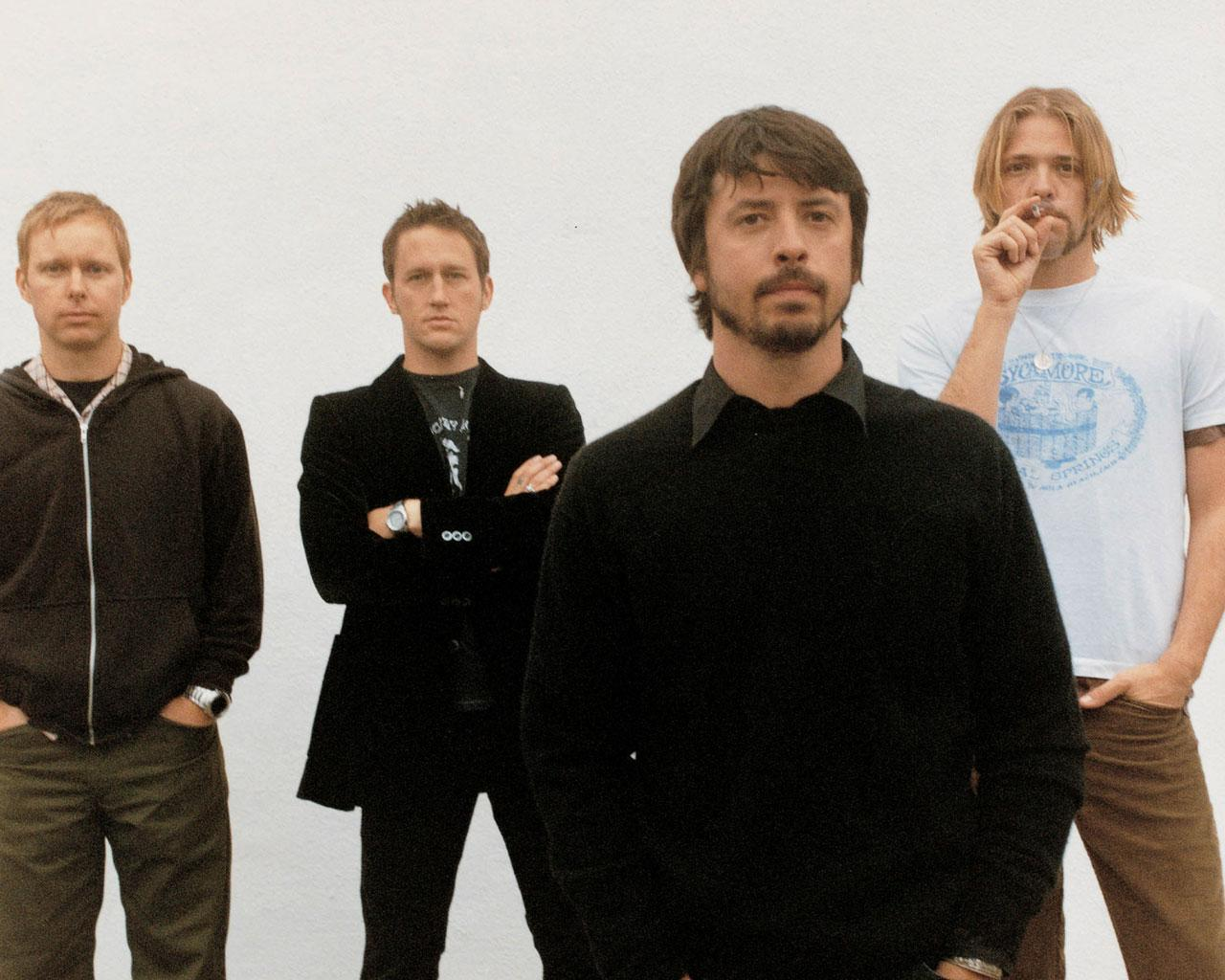 Best band - Foo Fighters 1280x1024 Wallpaper #1
