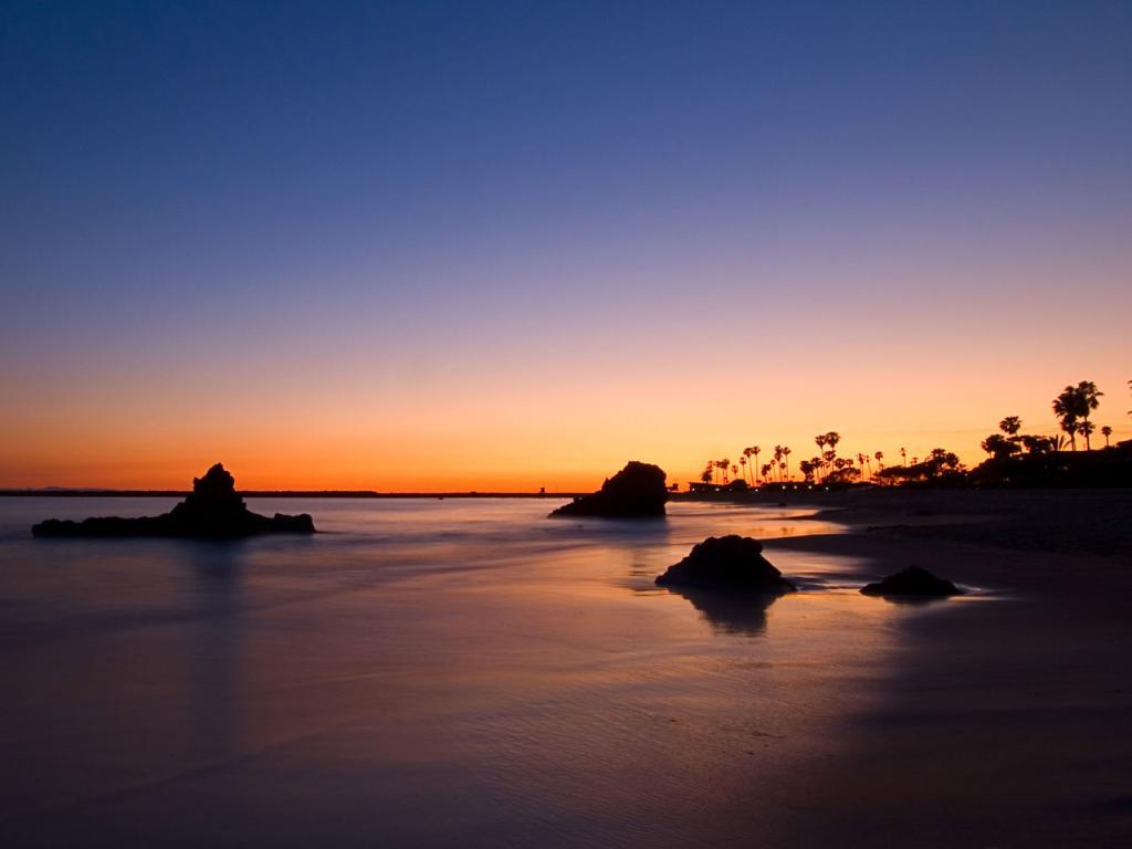 Corona Beach Wallpaper: Corona Del Mar Beach, California