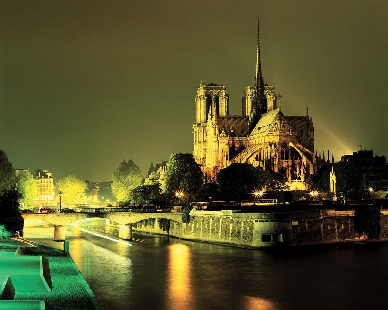 Paris - Notre Dame Cathedral Wallpaper #2 1280 x 1024