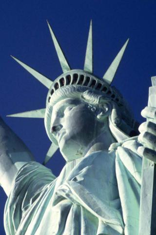 New York - Statue of Liberty Wallpaper #1 320 x 480 (iPhone/iTouch)