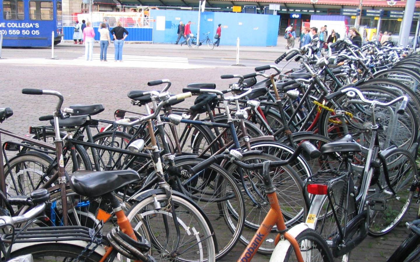 Amsterdam - Bicycles Wallpaper #1 1440 x 900