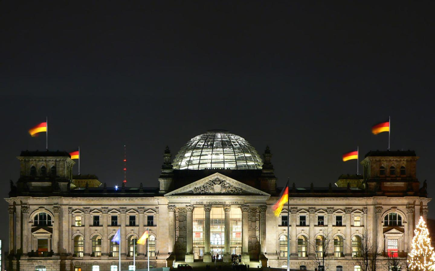 reichstag at berlin city - photo #35