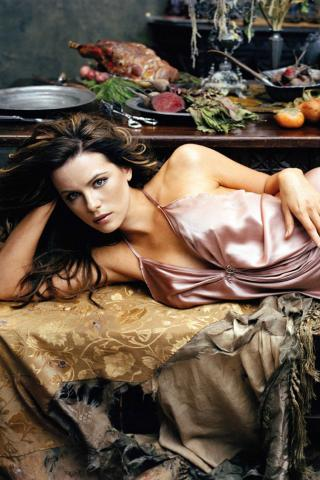 Kate Beckinsale -  Wallpaper #1 320 x 480 (iPhone/iTouch)