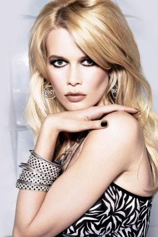 Claudia Schiffer -  Wallpaper #2 320 x 480 (iPhone/iTouch)