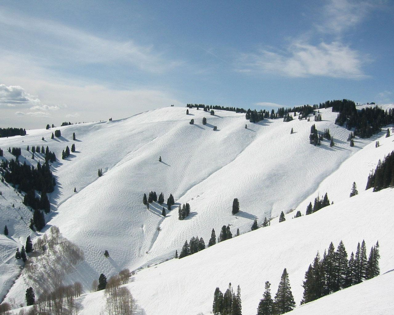 best ski resort - vail, colorado 1280x1024 wallpaper #2